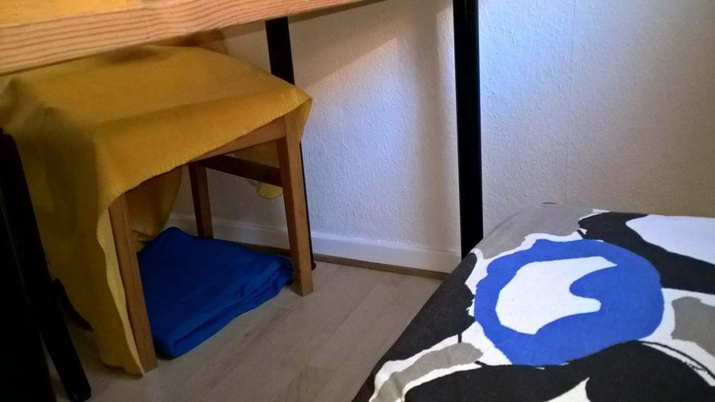 Für den Revierwechsel: Höhe unter dem Küchenstuhl, die Luzi nie aufgesucht hat